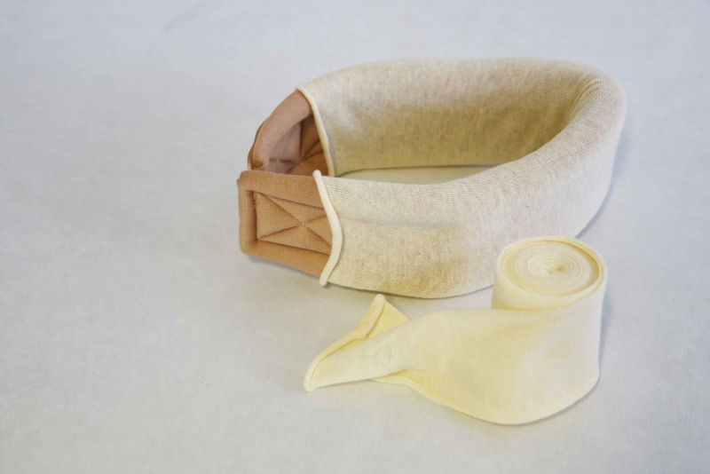 Cervical brace with tricot